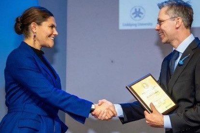 Den svenske Kronprinsesse uddeler forskerpris